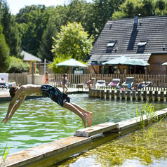 Campings parc naturel r gional de la haute vall e de for Chevreuse piscine