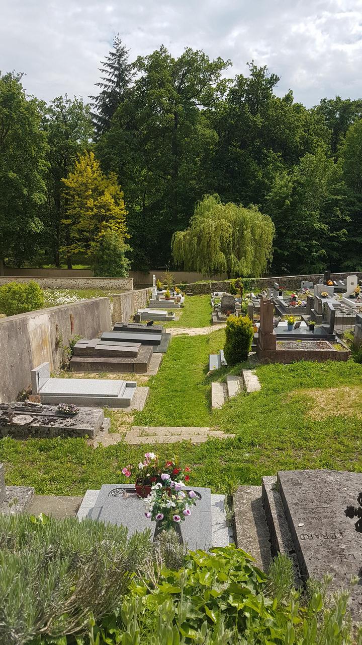 cimetière auffargis