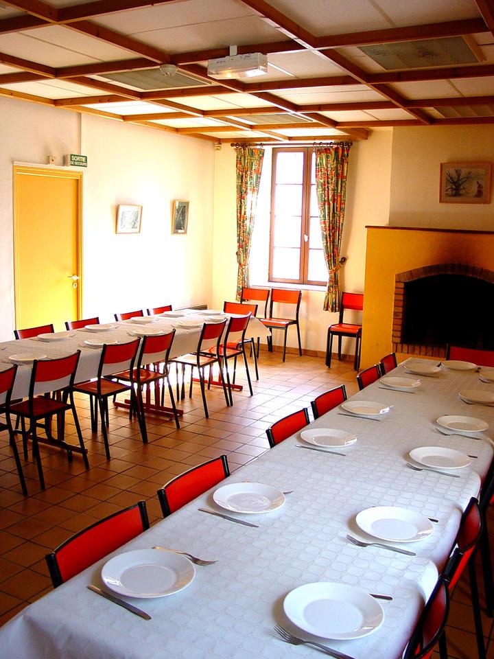 salle repas haut besnieres