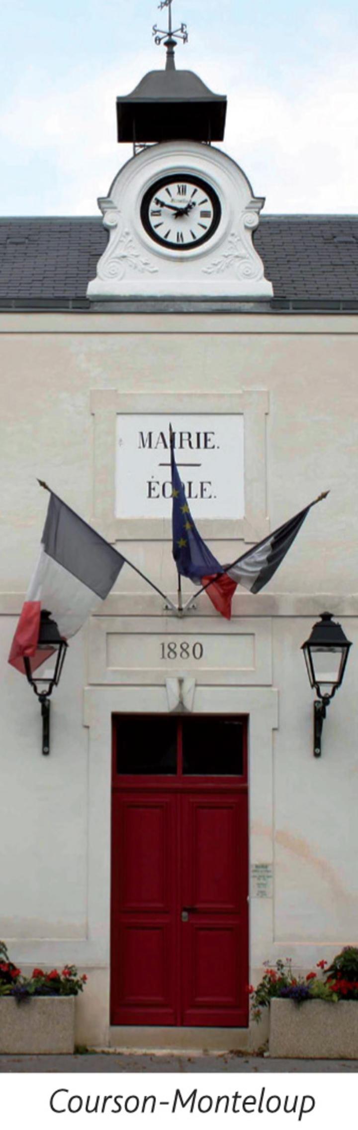 Mairie Ecole Courson